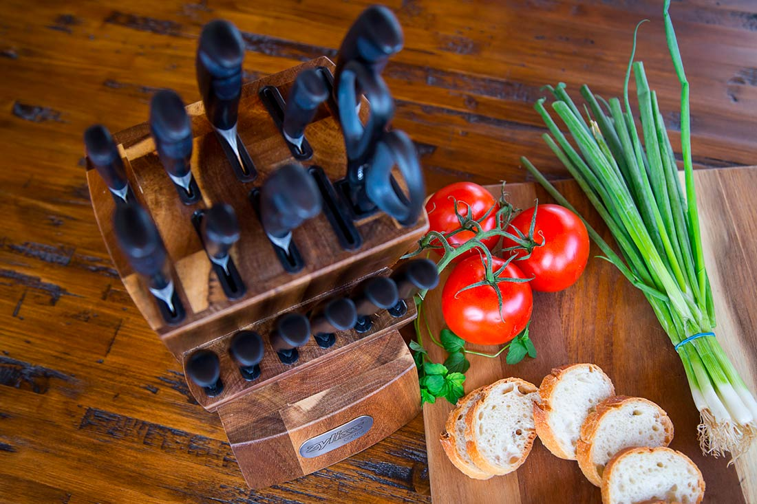 les meilleurs sets de couteaux de cuisine en 2019. Black Bedroom Furniture Sets. Home Design Ideas